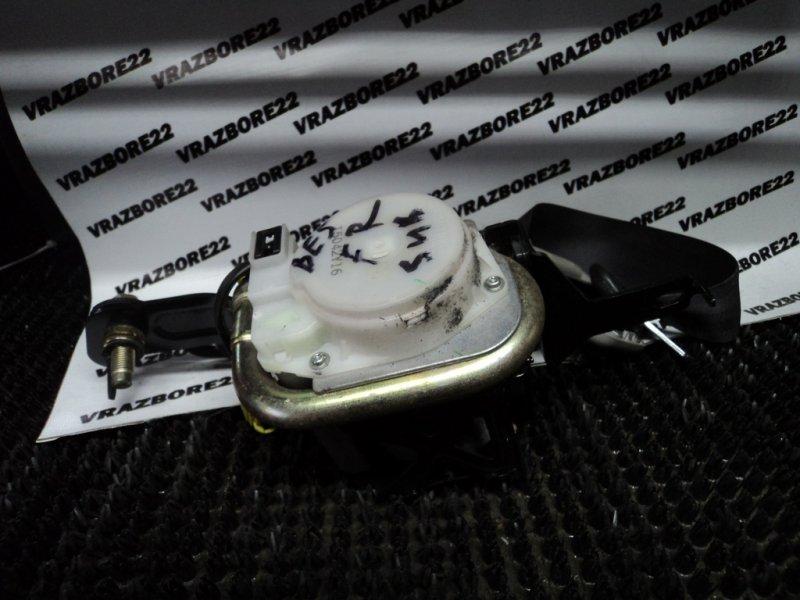 Ремень безопасности Subaru Legacy B4 BE5-109930 EJ206 2001 передний правый
