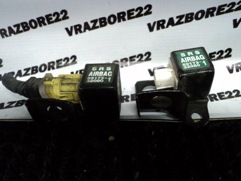 Датчик srs Toyota Vista Ardeo ZZV50-0023748 1ZZ-FE 1999 передний правый