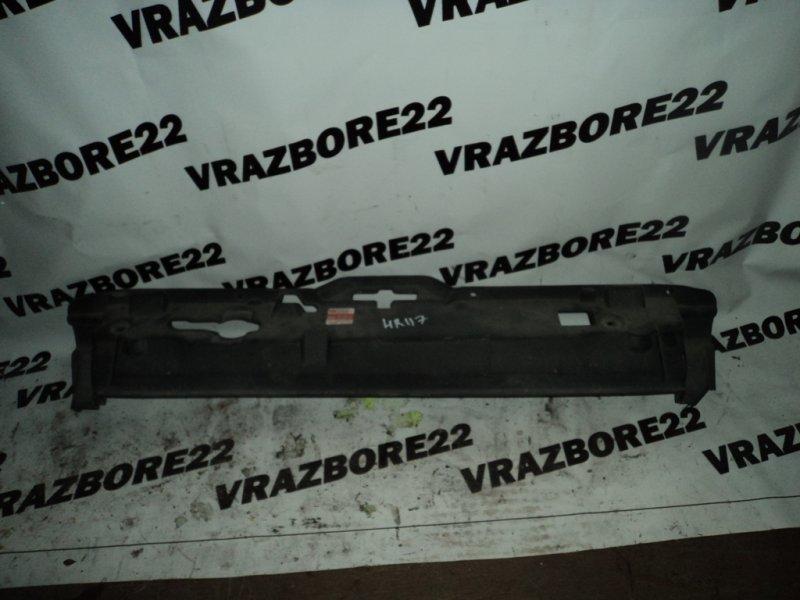 Накладка рамки радиатора Toyota Harrier MCU15-0079741 1MZ-FE 1999