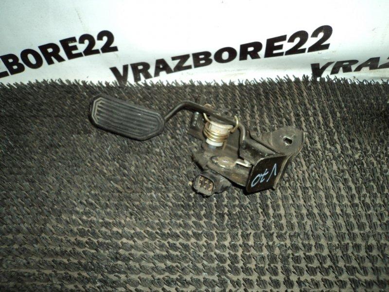 Педаль газа Toyota Vista Ardeo AZV50-0006289 1AZ-FSE