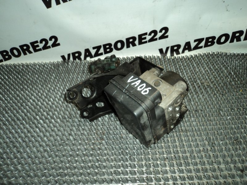 Блок abs Toyota Vista Ardeo AZV50 1AZ-FSE 2001