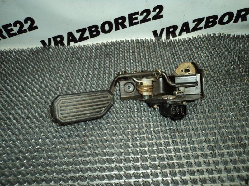 Педаль газа Toyota Vista Ardeo AZV50 1AZ-FSE 2001