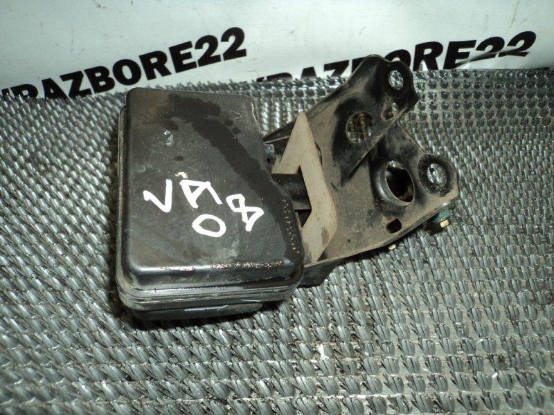 Блок abs Toyota Vista Ardeo SV50-0050518 3S-FSE 2000