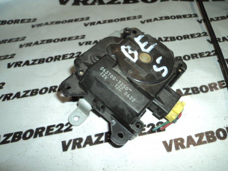 Сервопривод заслонок печки Subaru Legacy B4 BE5-109930 EJ206 2001