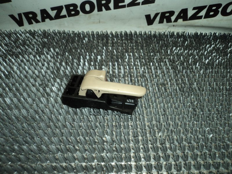 Ручка двери внутренняя Toyota Vista Ardeo SV50-0032320 3S-FSE 1999