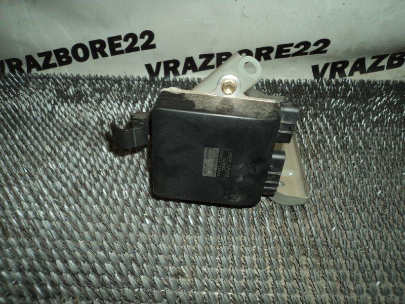 Блок управления форсунками Toyota Vista SV50-0016878 3S-FSE 1998
