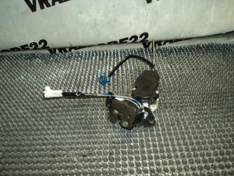 Замок стекла багажника Toyota Vista Ardeo SV50-0027899 3S-FSE 1999