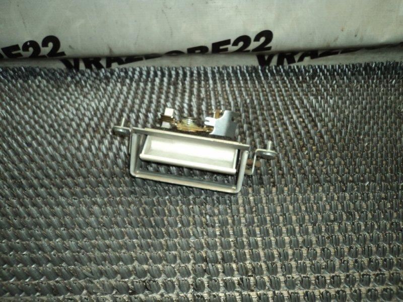 Ручка открывания багажника Toyota Vista Ardeo SV50-0027899 3S-FSE 1999