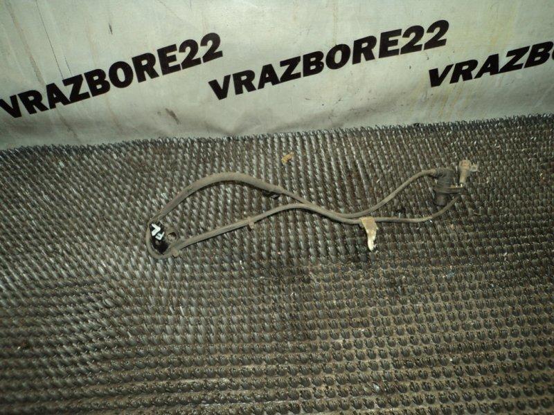 Датчик abs Toyota Vista Ardeo SV50-0051825 3S-FSE 2000 передний левый