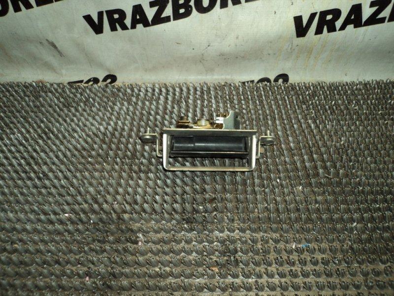 Ручка открывания багажника Toyota Vista Ardeo SV50-0051825 3S-FSE 2000