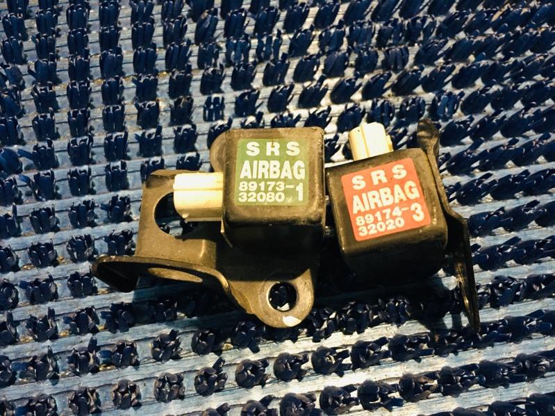 Датчик airbag Toyota Vista Ardeo SV50-0057922 3S-FSE 2001