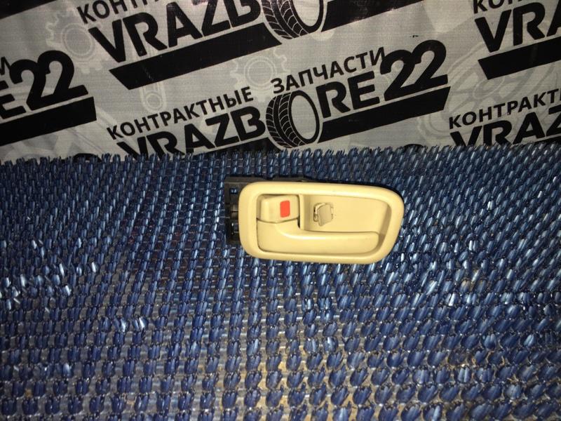 Ручка двери внутренняя Toyota Vista Ardeo ZZV50-0019074 1ZZ-FE 1999 задняя левая