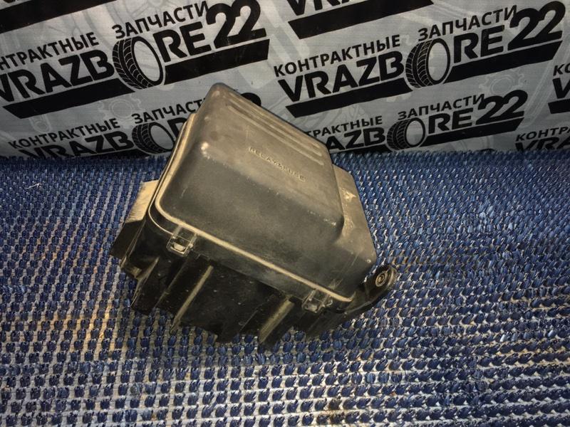 Блок предохранителей Toyota Vista Ardeo SV50-0057992 3S-FSE 2001
