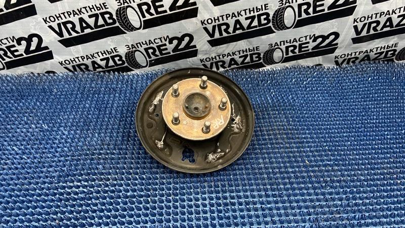 Ступица Toyota Vista ZZV50-0025187 1ZZ-FE 2000 задняя правая