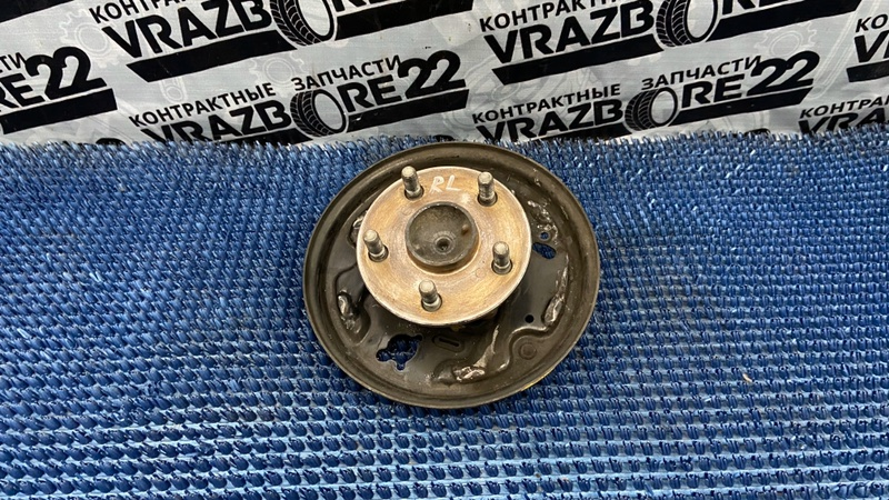 Ступица Toyota Vista ZZV50-0025187 1ZZ-FE 2000 задняя левая