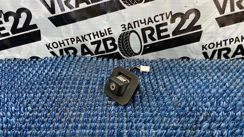 Камера заднего вида Nissan Bluebird Sylphy KG11-022291 MR20DE 2006