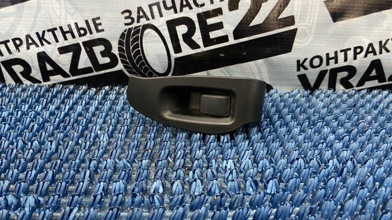 Блок управления стеклоподъемниками Subaru Legacy B4 BE5-109930 EJ206 2001 задний правый