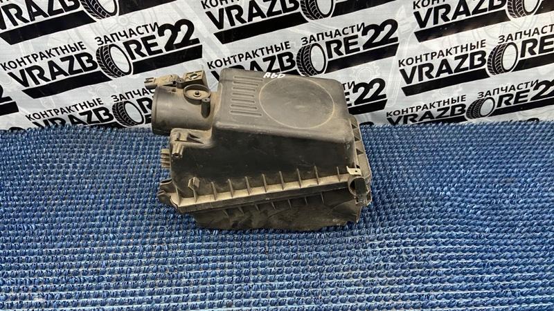 Корпус воздушного фильтра Toyota Allion AZT240-0018222 1AZ-FSE 2004