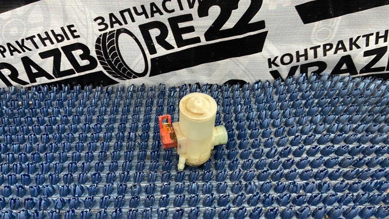 Мотор бачка омывателя Honda Cr-V RD1-5216002 B20B 2000