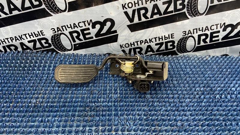 Педаль газа Toyota Allion ZZT240-0111879 1ZZ-FE 2006