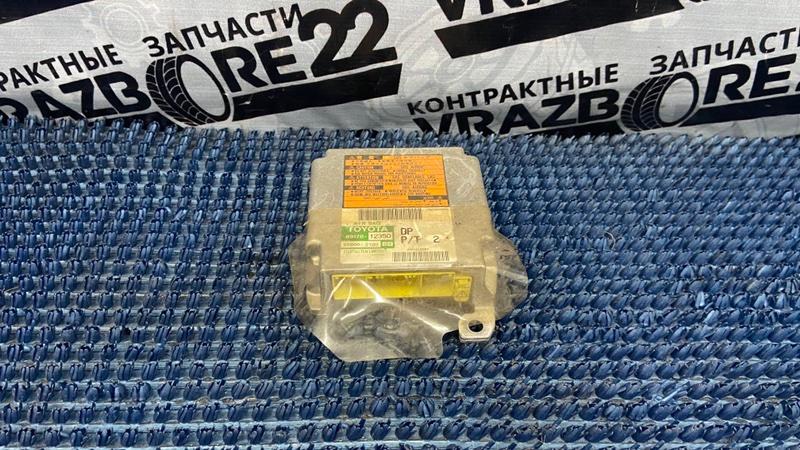 Блок управления airbag Toyota Corolla NZE121-3009477 1NZ-FE 2000