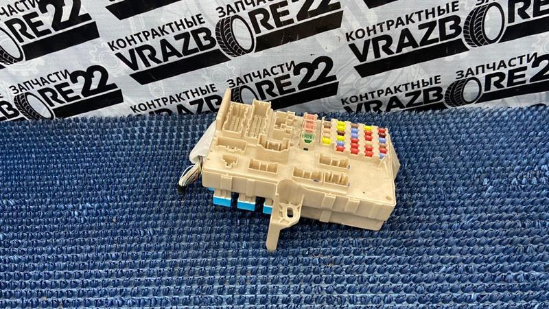 Блок предохранителей Toyota Camry ACV30-0285388 2AZ-FE 2004