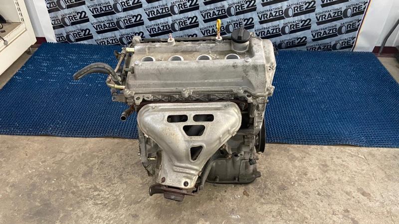 Двигатель Toyota Corolla NZE121-3009477 1NZ-FE 2000