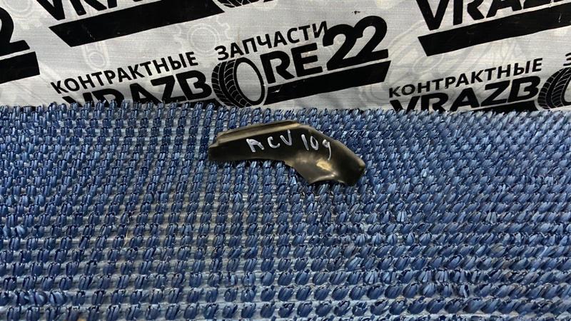 Уплотнитель крыла Toyota Camry ACV30-0285388 2AZ-FE 2004 левый