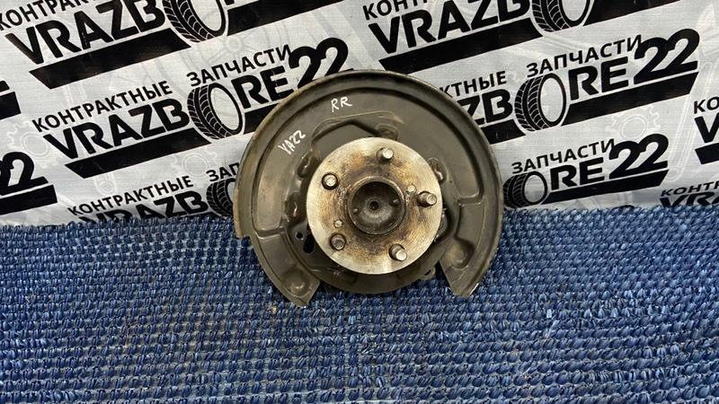Ступица Toyota Vista Ardeo SV50-0049092 3S-FSE 2001 задняя правая