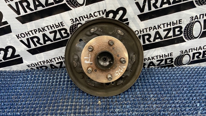 Ступица Toyota Vista Ardeo ZZV50-0019074 1ZZ-FE 1999 задняя левая