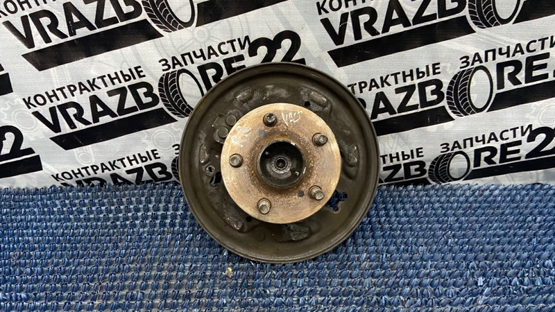 Ступица Toyota Vista Ardeo ZZV50-0019074 1ZZ-FE 1999 задняя правая