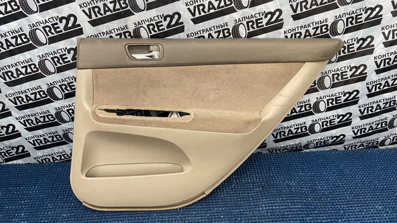 Обшивка двери Toyota Camry ACV30-3026477 2AZ-FE 2005 задняя правая