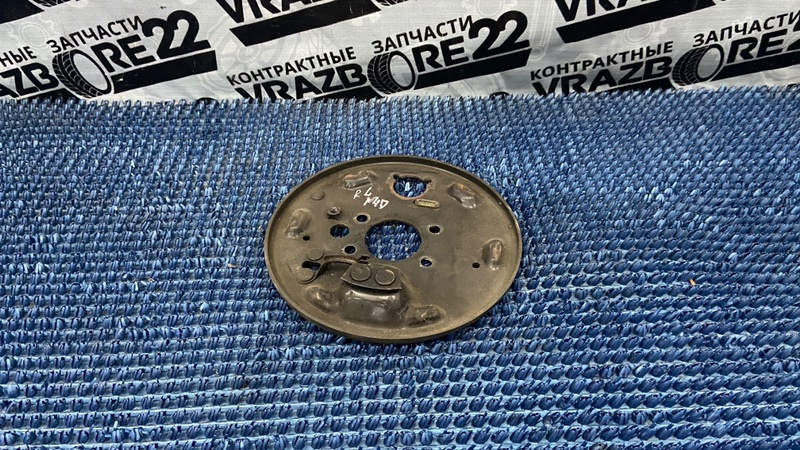 Щиток тормозной Nissan Bluebird Sylphy TG10-004701 QR20DD 2001 левый