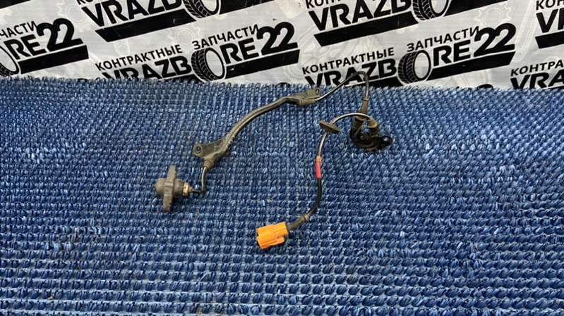 Датчик abs Honda Cr-V RD1-5216002 B20B 2000 передний правый