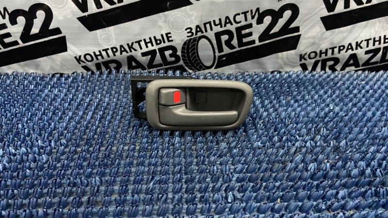 Ручка двери внутренняя Toyota Rav4 ACA21-0159861 1AZ-FSE 2002 задняя левая