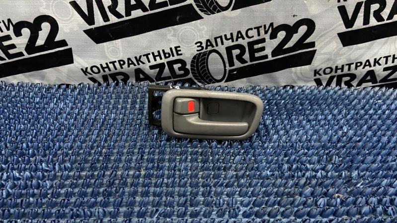 Ручка двери внутренняя Toyota Rav4 ACA21-0159861 1AZ-FSE 2002 передняя левая