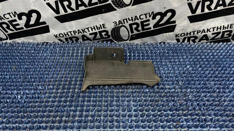 Защита радиатора Toyota Allion AZT240-0018222 1AZ-FSE 2004 правая