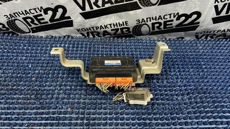 Блок управления abs Honda Cr-V RD1-5216002 B20B 2000