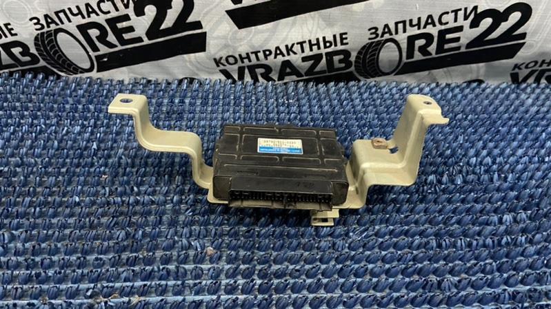 Блок управления abs Honda Cr-V RD1-5216674 B20B 1999