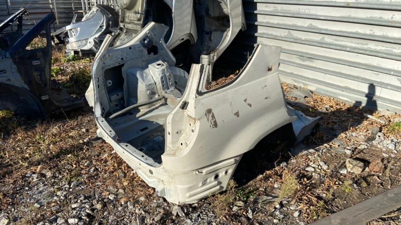 Задняя часть автомобиля Toyota Harrier MCU15-0082592 1MZ-FE 1999