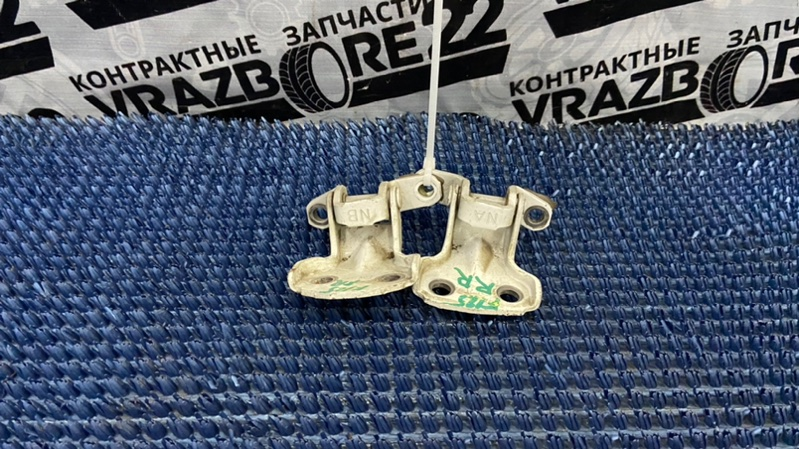 Петли двери Subaru Forester SG5-004796 EJ205 2003 задние правые