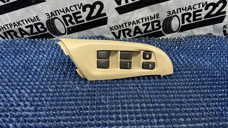 Блок управления стеклоподъемниками Nissan Bluebird Sylphy TG10-102458 QR20DD 2001 передний правый
