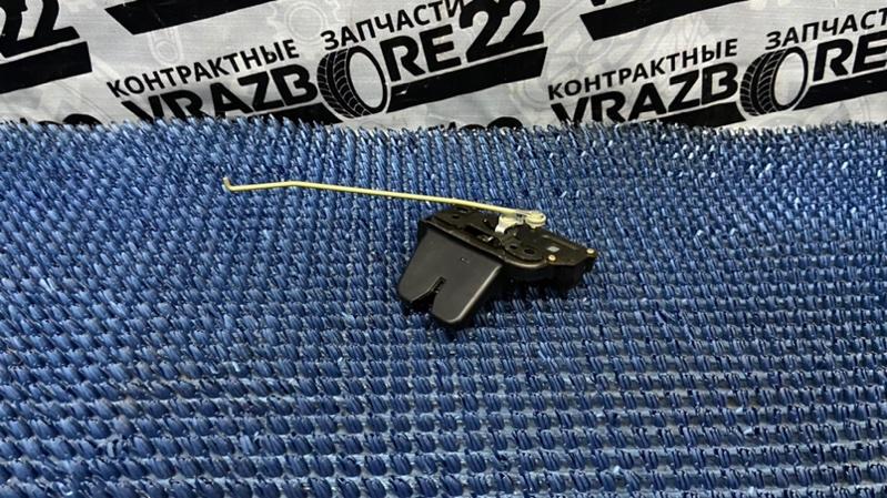 Замок багажника Toyota Premio AZT240-0016443 1AZ-FSE 2003