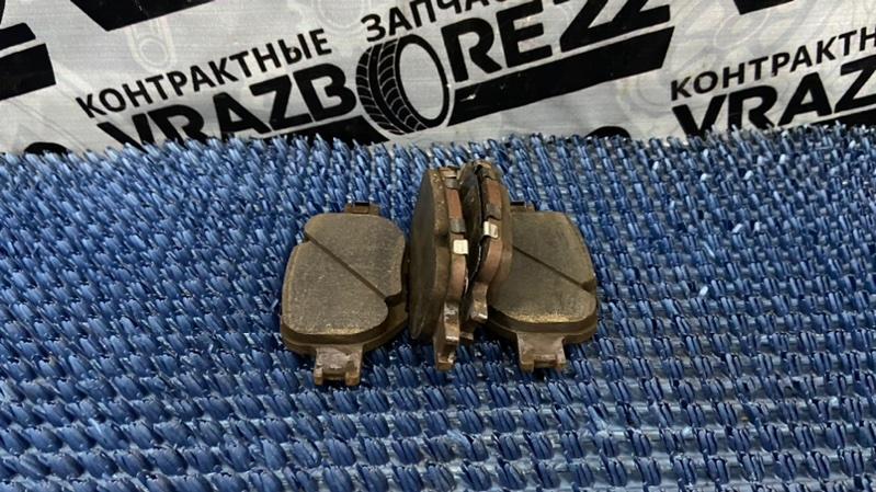 Тормозные колодки Toyota Premio AZT240-0016443 1AZ-FSE 2003 переднее