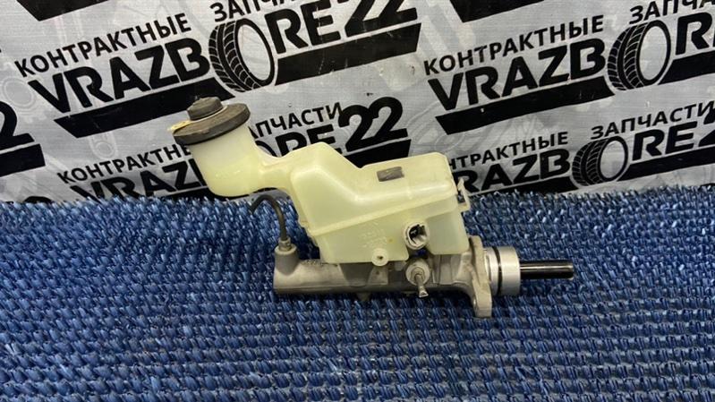 Главный тормозной цилиндр Toyota Premio AZT240-0016443 1AZ-FSE 2003