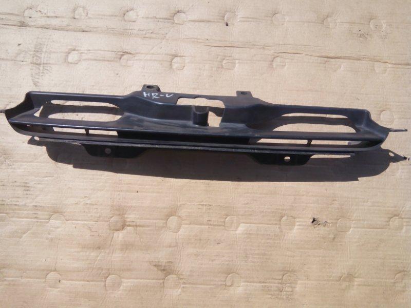 Решетка радиатора Honda Hr-V GH1 D16A передняя