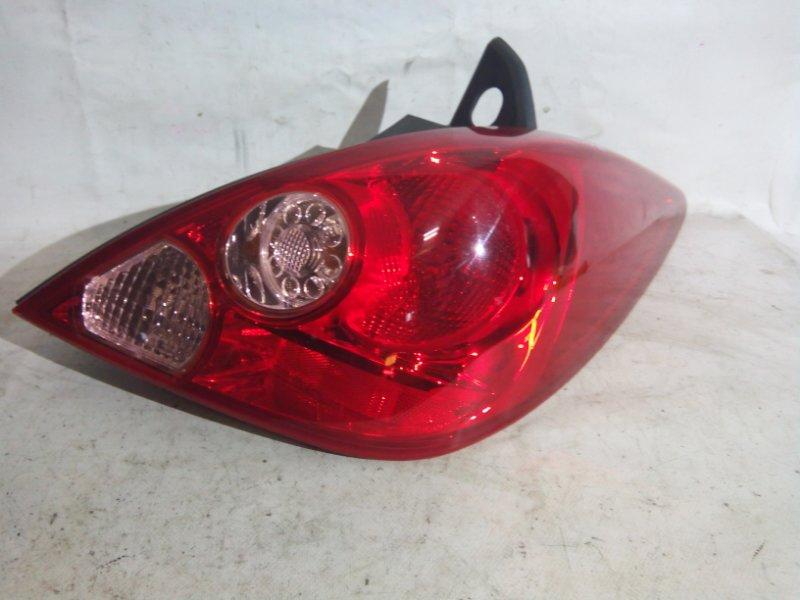 Стоп-сигнал Nissan Tiida C11 HR15DE задний правый