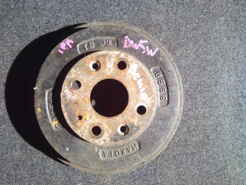 Тормозной барабан Mazda Demio DW3W B3E задний