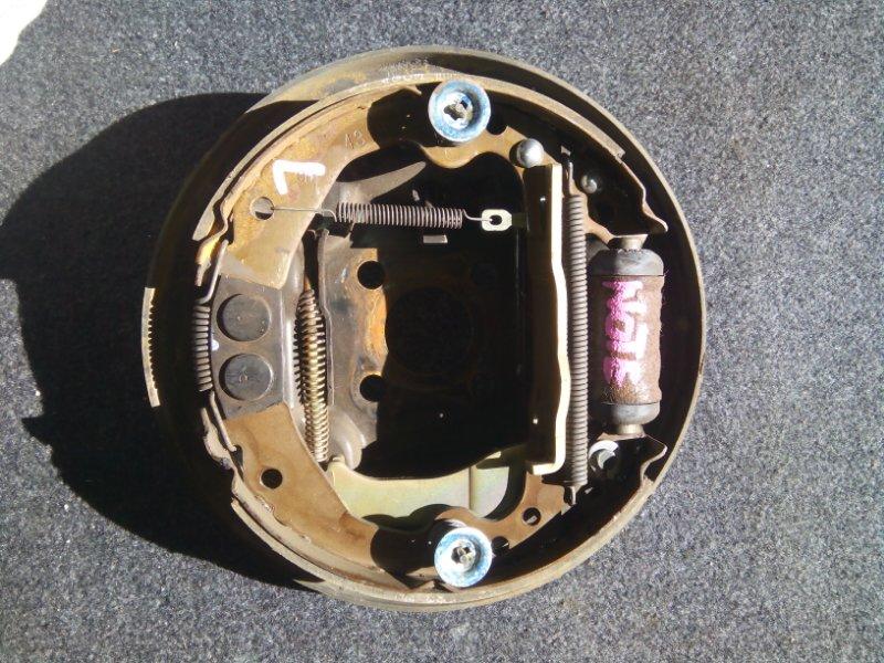 Тормозные колодки Nissan Note E11 CR14DE заднее левое