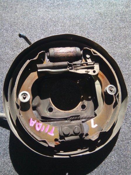 Тормозные колодки Nissan Tiida C11 HR15DE заднее левое